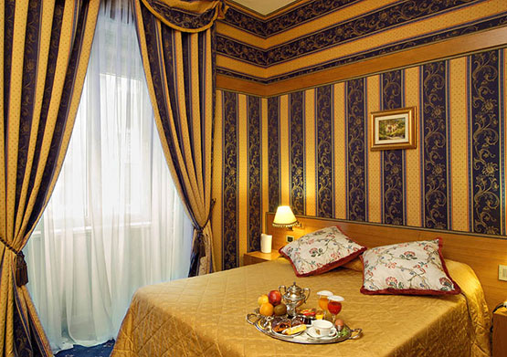 Double with one large or two separate beds, Hotel Andreotti, Rome